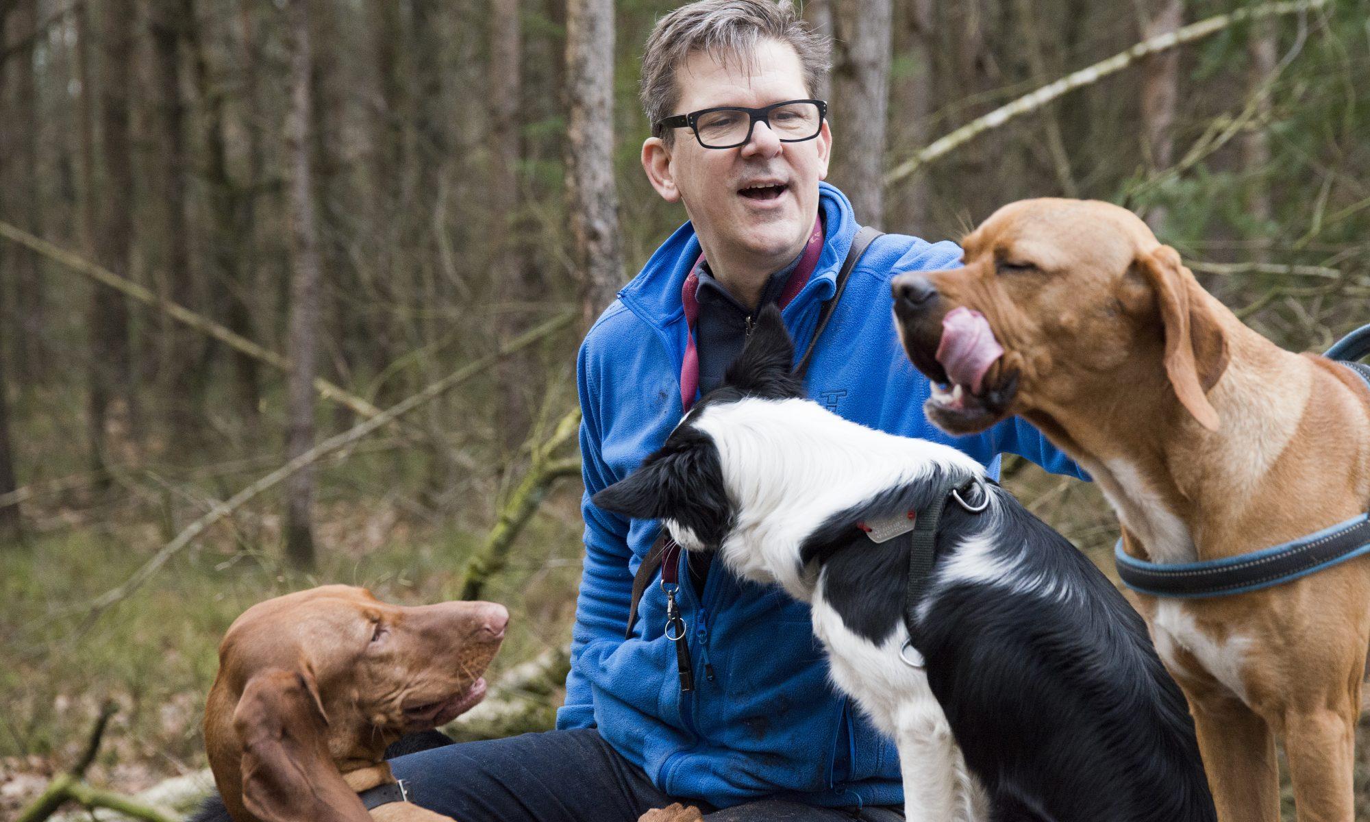 """De honden bij hondenuitlaatservice """"Mee met Hans"""""""